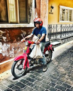 Annie_Wilcox_Photography_travelling_with_a_camera_Gozo_Rabat_Victoria_Honda_moped_backstreets